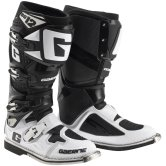 SG12 Limited Edition White / Black