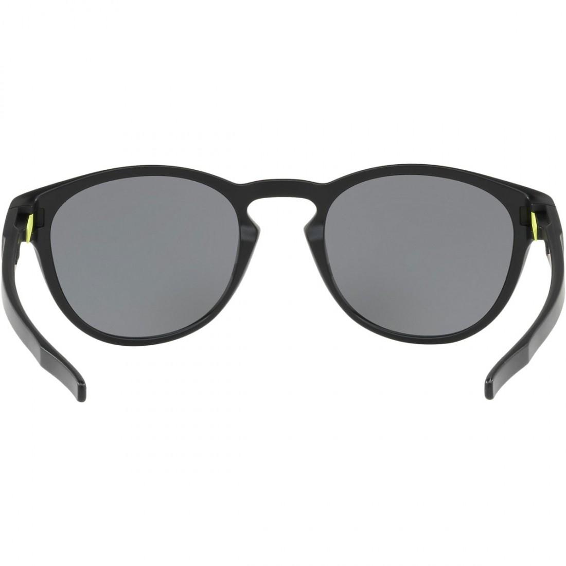 6d088165a057c5 Lunettes de soleil OAKLEY Latch Valentino Rossi Signature Series Matte  Black   Chrome Iridium